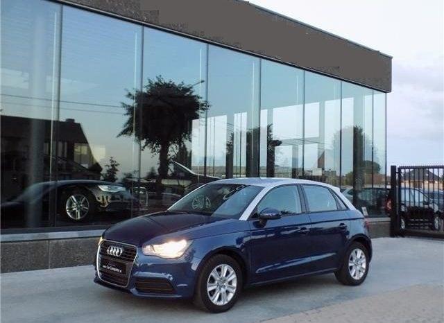 Audi A1 1.6 TDi Sportback (2013) plein