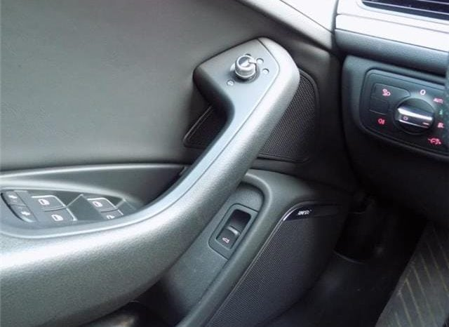 Audi A6 2.0 TDi S-LINE (2014) complet